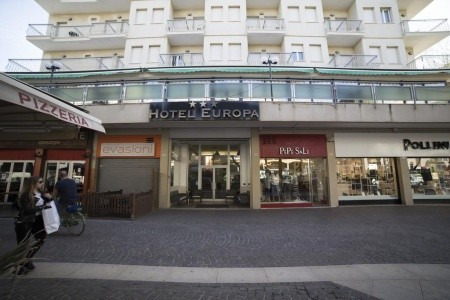 Hotel Europa*** - Levně