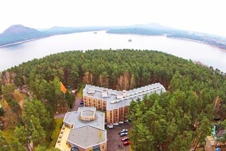 Hotel Bezděz - Podzimní dovolená u Máchova jezera