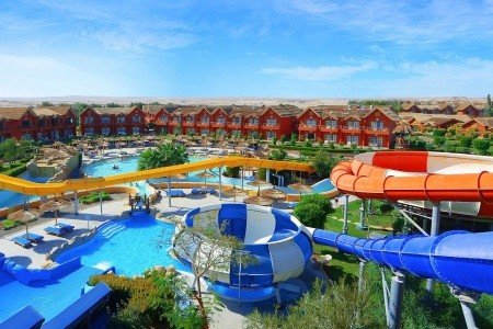 Jungle Aqua Park Hurghada - U moře