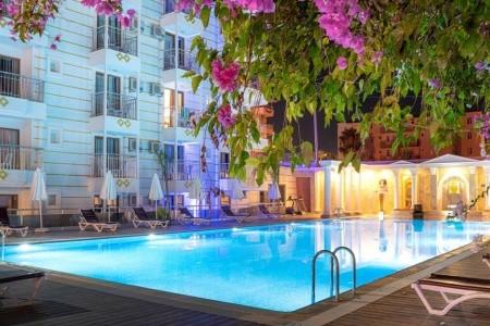 Akdora Resort - v říjnu