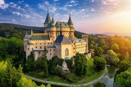 SLOVENSKO - RÁJECKÉ TEPLICE + KRÁSY MALÉ FATRY