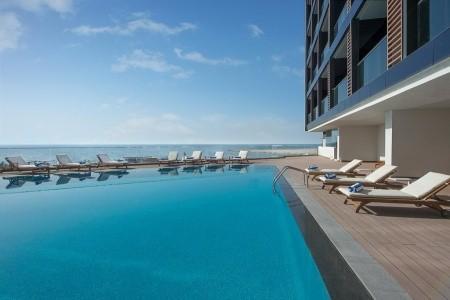 Wyndham Garden Ajman Corniche - Letní dovolená