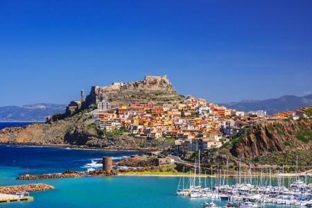 Fly & Drive: Objevte sever Sardínie!, Hotel Santo Stefano Clubviaggi
