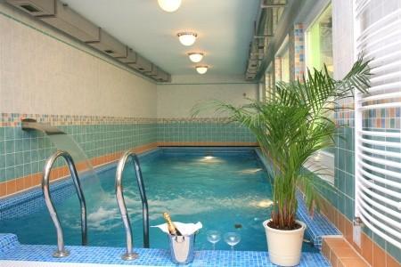 Spa Hotel Schlosspark 4*Superior - Karlovy Vary - Ubytování Karlovy Vary