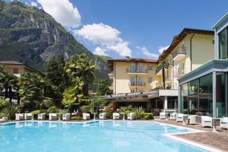 Hotel Villa Nicolli**** - Riva Del Garda - Vily