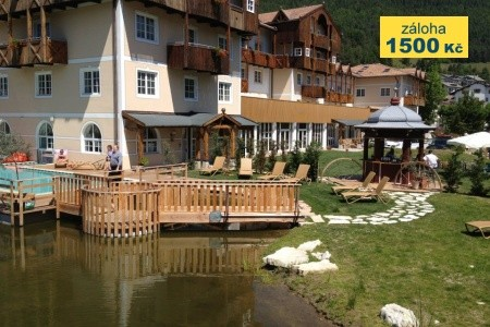 Hotel  Alpen Eghel - v dubnu