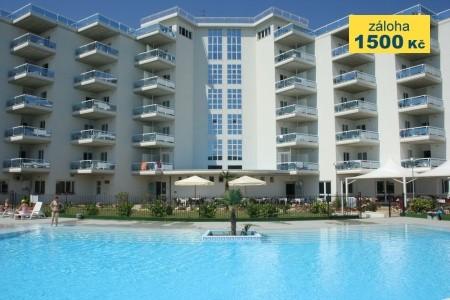 Aparthotel Elena Club Resort - apartmány u moře