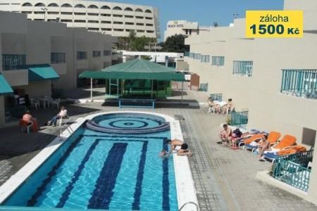 Summer Land Motel - v květnu
