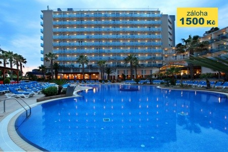 Hotel Golden Taurus Aquapark Resort - v srpnu