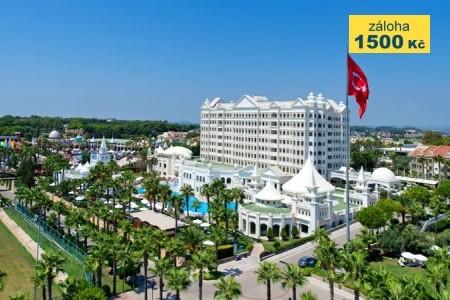 Hotel Kamelya World Fulya - v říjnu