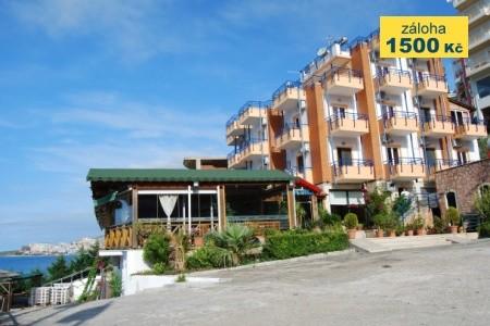 Hotel Nertili Snídaně