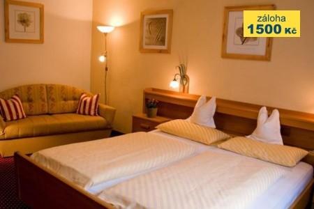 Hotel Dolomiti Snídaně