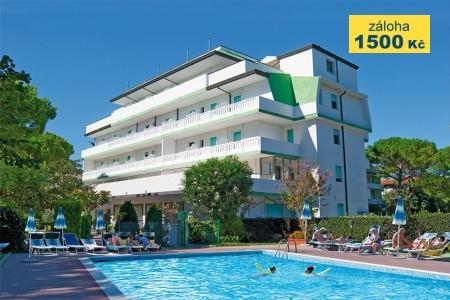 Hotel Old River S Bazénem – Lignano Riviera