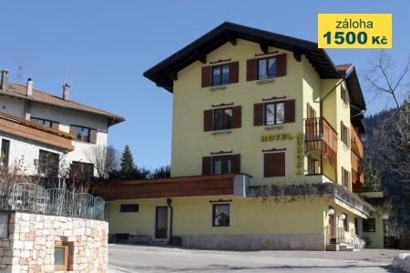 Hotel Aurora *** - Molveno