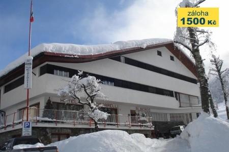 Hotel Albergo Cioccarelli Snídaně
