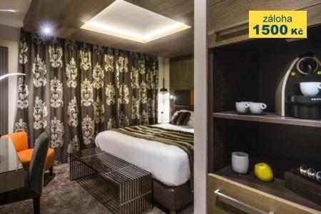 Hotel Taj-I Mah - first minute