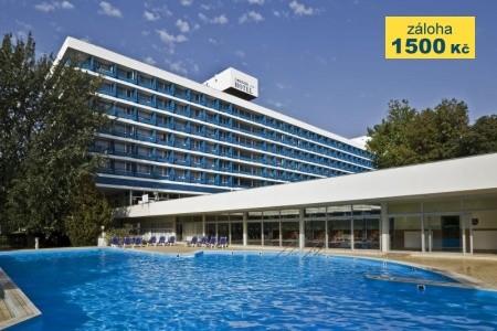Hotel Annabella - v květnu