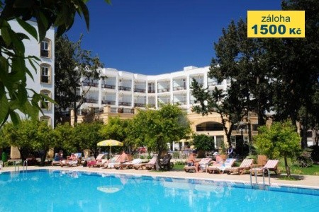 Pia Bella Hotel - polopenze