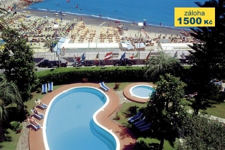 Hotel Garden Lido - v červenci
