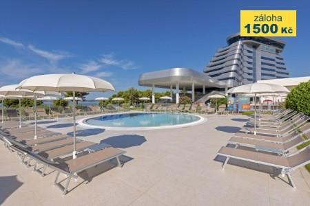 Hotel Olympia Sky - v září