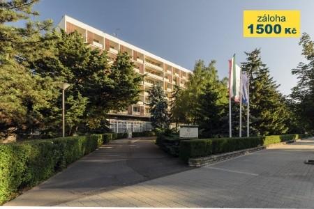 Hotel Hunguest Béke - v květnu
