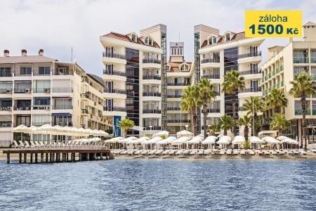 Poseidon Hotel - v červnu