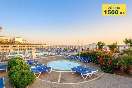 Hotel Annabelle Beach Resort - na pláži