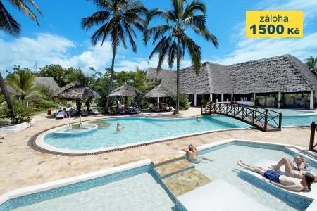 Uroa Bay Beach Resort - letní dovolená