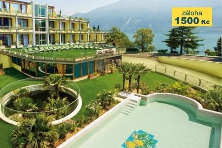 Hotel Alexander - v září