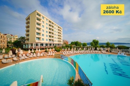 Perla Beach Holiday Club