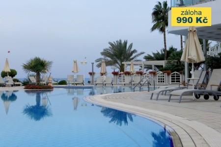 Hotel Sunrise Beach - u moře