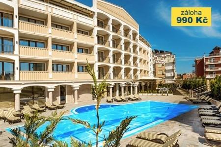 Hotel Siena Palace Snídaně
