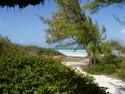 Cesta k pláži na Cayo Coco