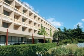 Alem Hotel **