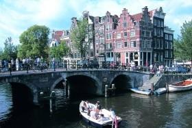 Amsterdam a kvetoucí zahrady Keukenhof