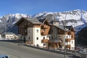 Hotel 2000 Trepalle