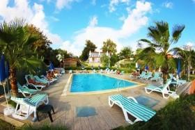 Hotelový Komplex Adora Beach