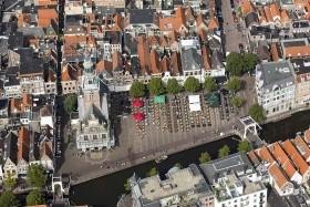 Benelux s návštěvou největší květinové aukce