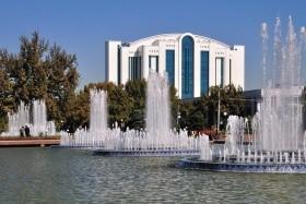 Perly Uzbekistánu - křižovatky Hedvábné stezky