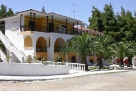 Kassandra Bay Village