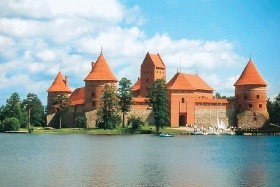 Národní parky, zámky i metropole severu Polska a Pobaltí