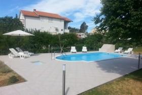 Apartments Žentil
