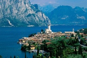 Gardaland a jezero Garda, hotel La Perla 3*