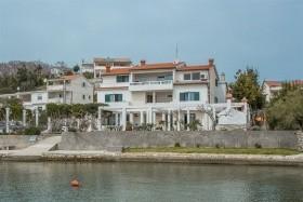 Apartments Raffaello