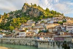 Albánsko a Macedónsko kombi, Rozafa, Albánsko-macedónsky okruh, Albánsko-macedónsky okruh, Apollonia, Berat, Bitola, Durres, Gjirokastra, Herakleja, Kruje, Ohrid, Ohridské jazero, Tirana, Vlora