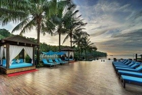 Mayfair Hideaway Resort & Spa