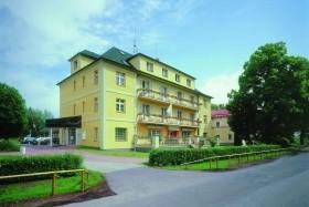 Konstantinovy Lázně - Lázeňský Hotel Jirásek