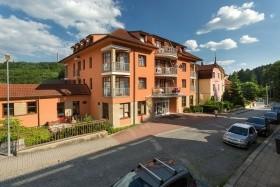 Luhačovice - Lázeňský Hotel Vila Antoaneta