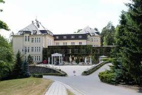 Lázeňský Dům Moravan (Lázně Teplice Nad Bečvou) - Léčba Pohybového Aparátu A Nervových Onemocnění