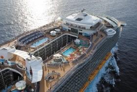 Usa, Bahamy, Svatý Martin Na Lodi Oasis Of The Seas - 393877613